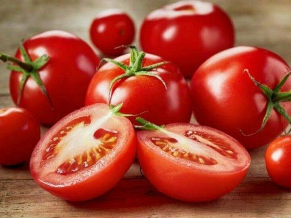 Adora Tomat