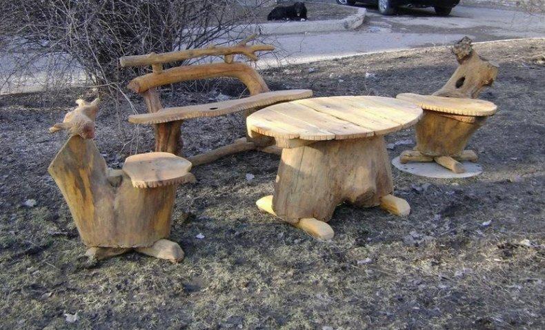 Садовая мебель из пня