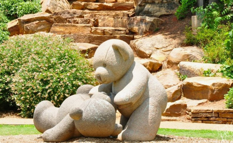 Садовые фигурки из камня