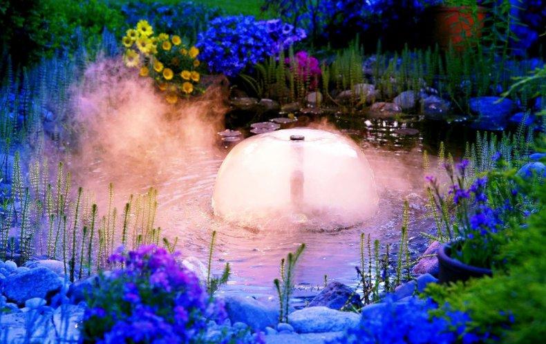 Подсветка фонтана на участке