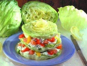 Оригинальный салат с айсбрегом