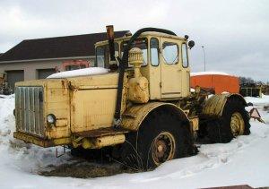 Трактор К-700