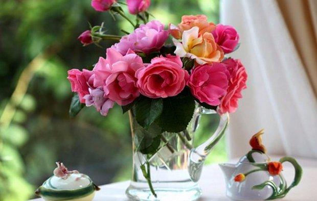 Чтобы срезанные розы стояли дольше