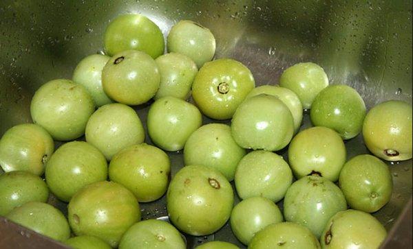 Соленые помидоры в бочке - классические рецепты