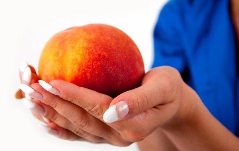 Употребление персиков