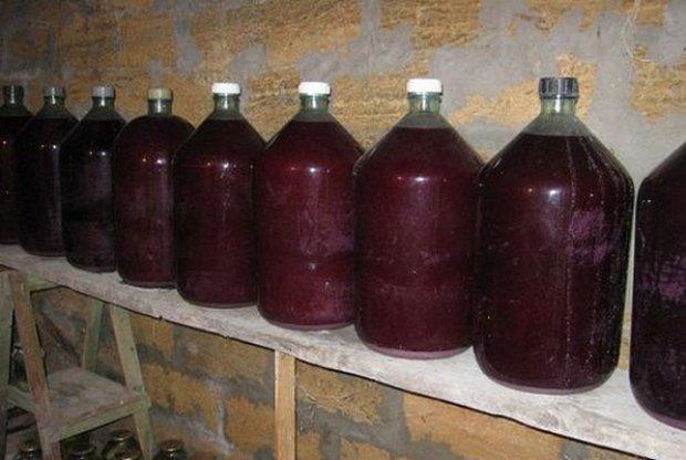 можно ли хранить коньяк в пластиковой бутылке нас можно взять