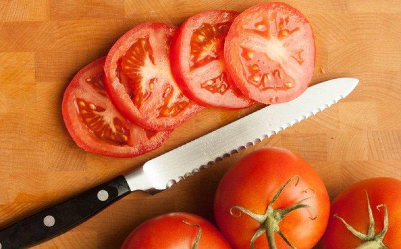 Нож для резки томатов