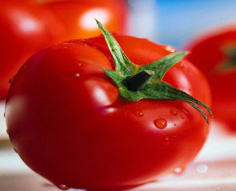 томат Слот f1