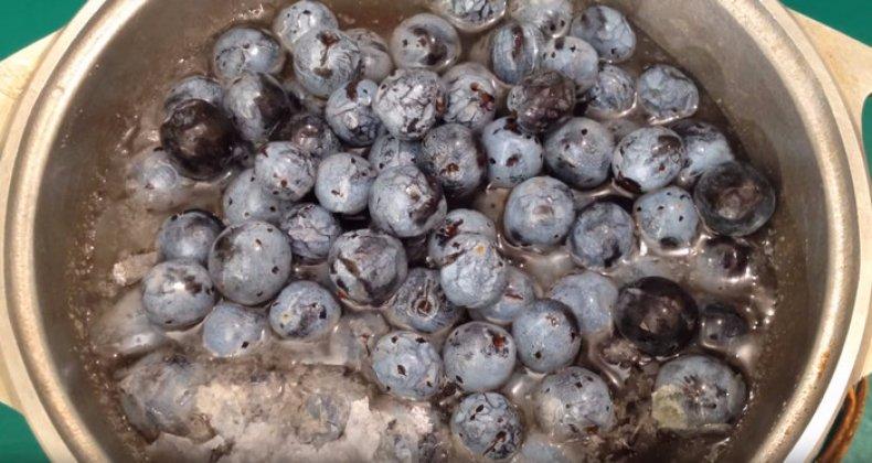 Варенье из терносливы с косточками