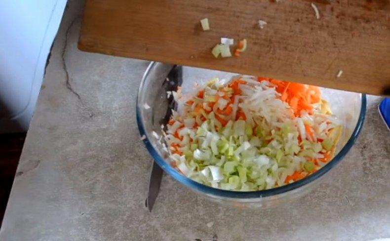 Чем полезен сельдерей и как его приготовить