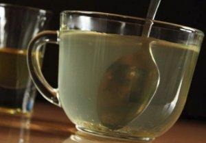 Чем полезна медовая вода утром натощак для организма
