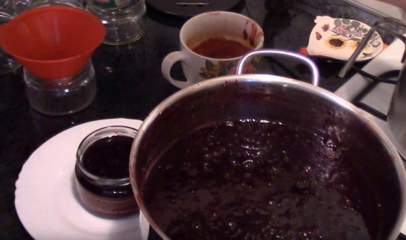 Как приготовить вишневый джем