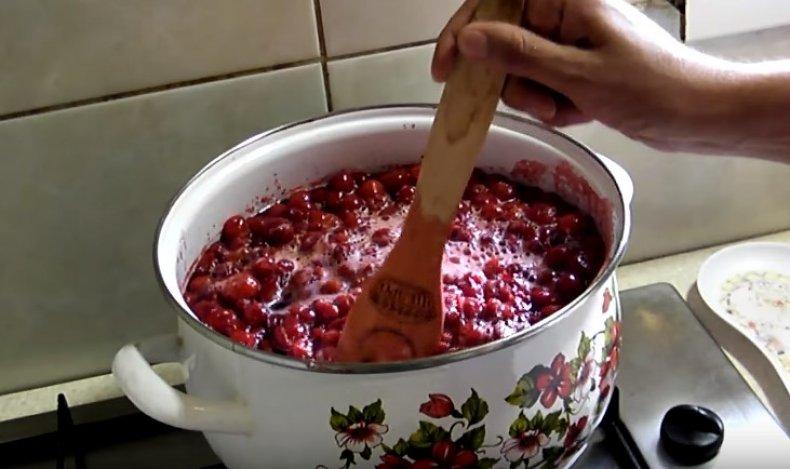 Вишня в сиропе на зиму пошаговый рецепт с фото