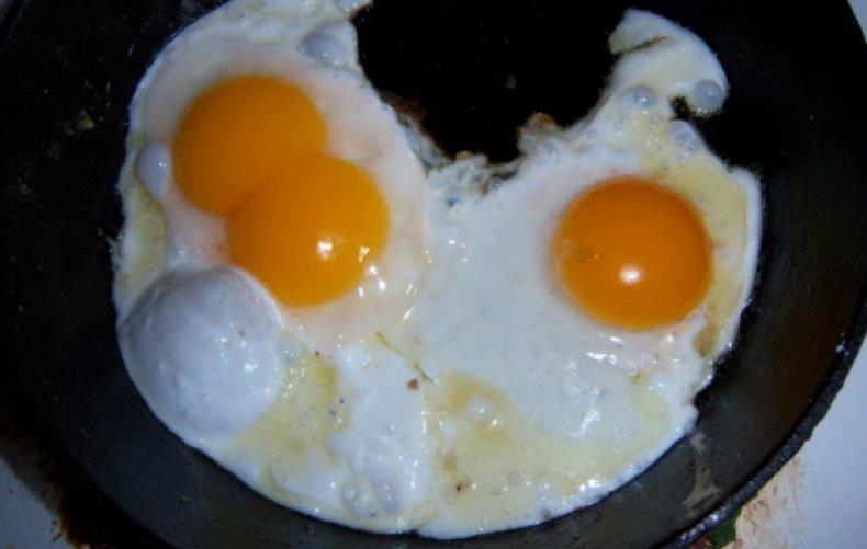 Яичница из утиных яиц