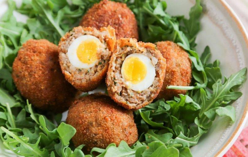 Котлетки с куриными яйцами