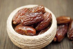 Аграрий из Ингушетии выращивает экзотические для региона культуры – арахис и финики