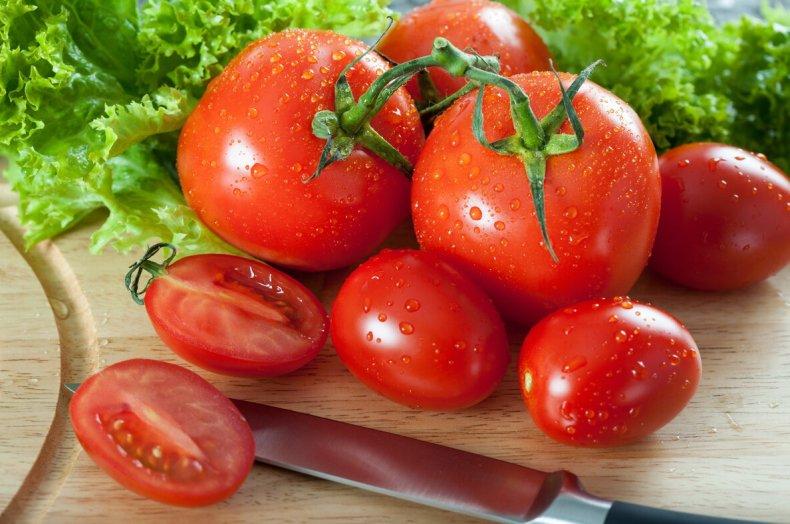 В России дешевеют томаты