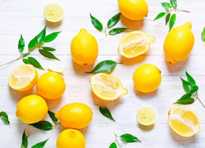 Уже не реэкспорт: в теплицах Беларуси зреют лимоны
